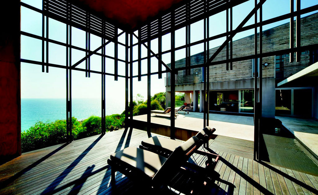 Alinghi House, courtyard wood