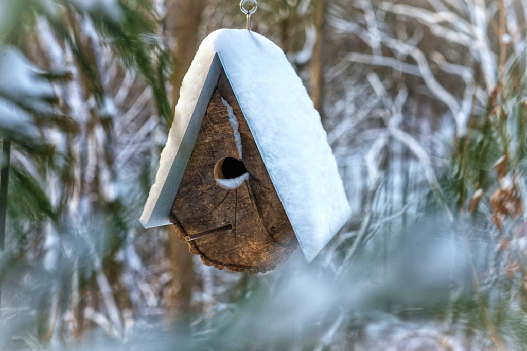 Nichoir-Oiseau-Hiver-Log-Quartered-Birdhouses-1-as-seen-on-PARIDEO