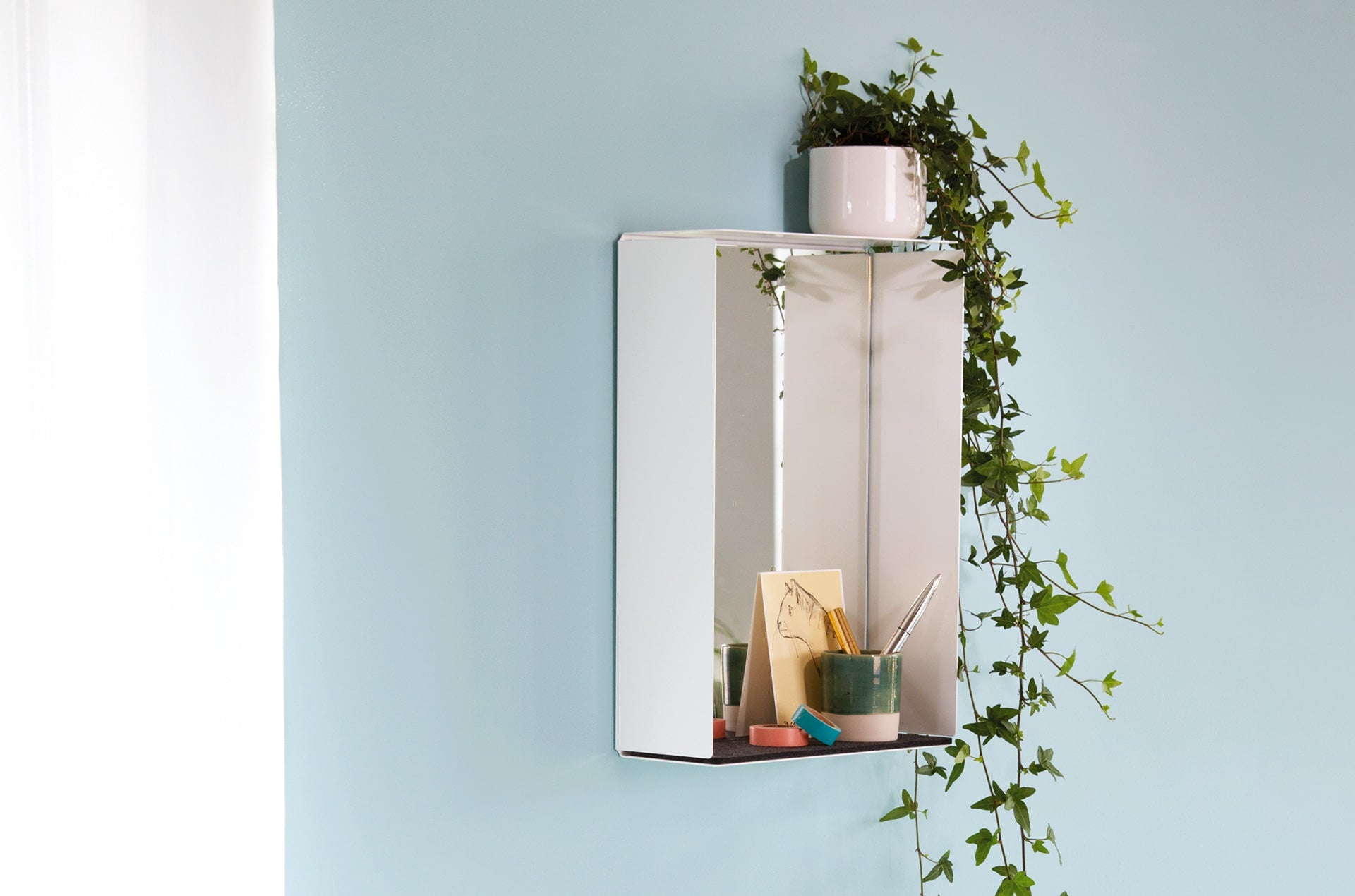 Etagère murale Mirror Box Blanc-feutre vert-PARIDEO design durable