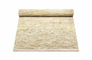 Tapis beige 100% cuir recyclé by Rugsolid-sur PARIDEO design contemporain durable