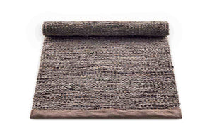 Tapis wood 100% cuir recyclé by Rugsolid-PARIDEO design contemporain durable
