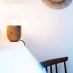 lampe de table Coco Chêne naturel by Mickaël Koska-ambiance1-sur PARIDEO design durable
