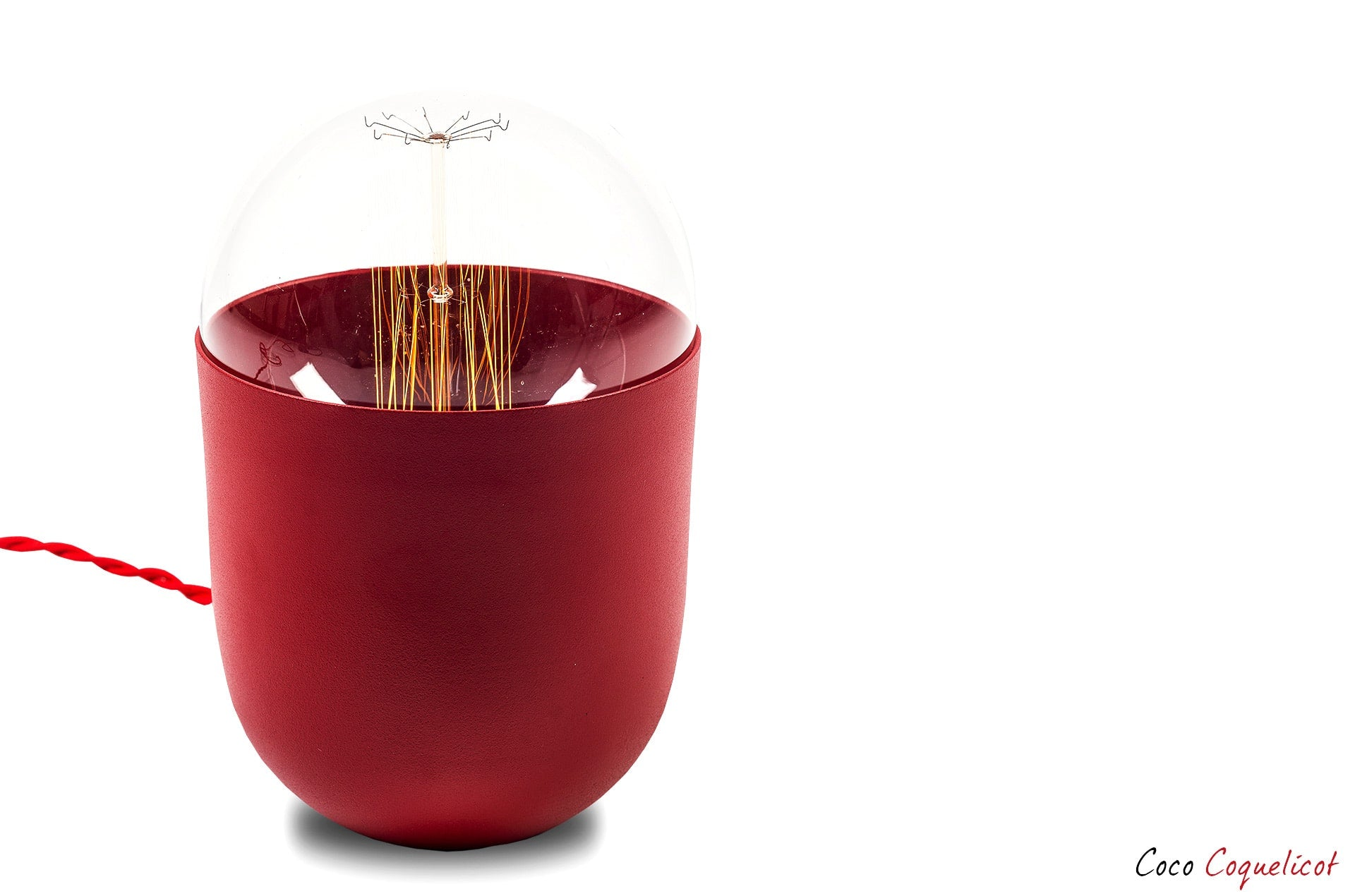 lampe de table Coco couleur rouge coquelicot by Mickaël Koska-en vente sur PARIDEO design durable