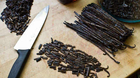 Homemade Vanilla Extract Kit with Gourmet Vanilla Beans