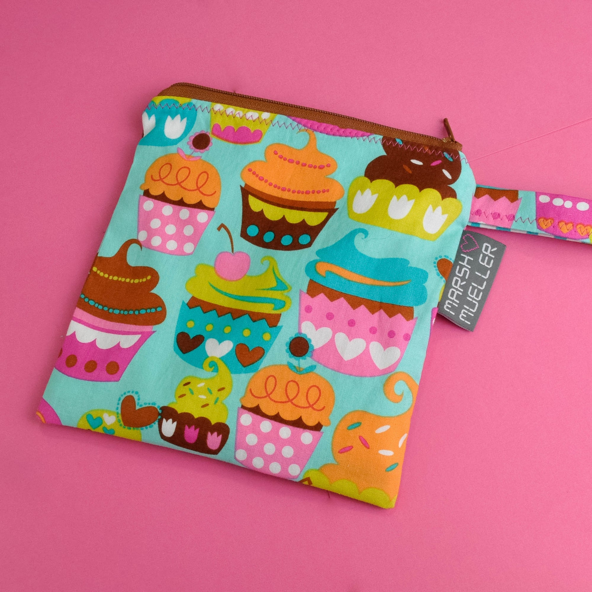 Sweet Cuppin' Cakes Reusable Sandwich Bag