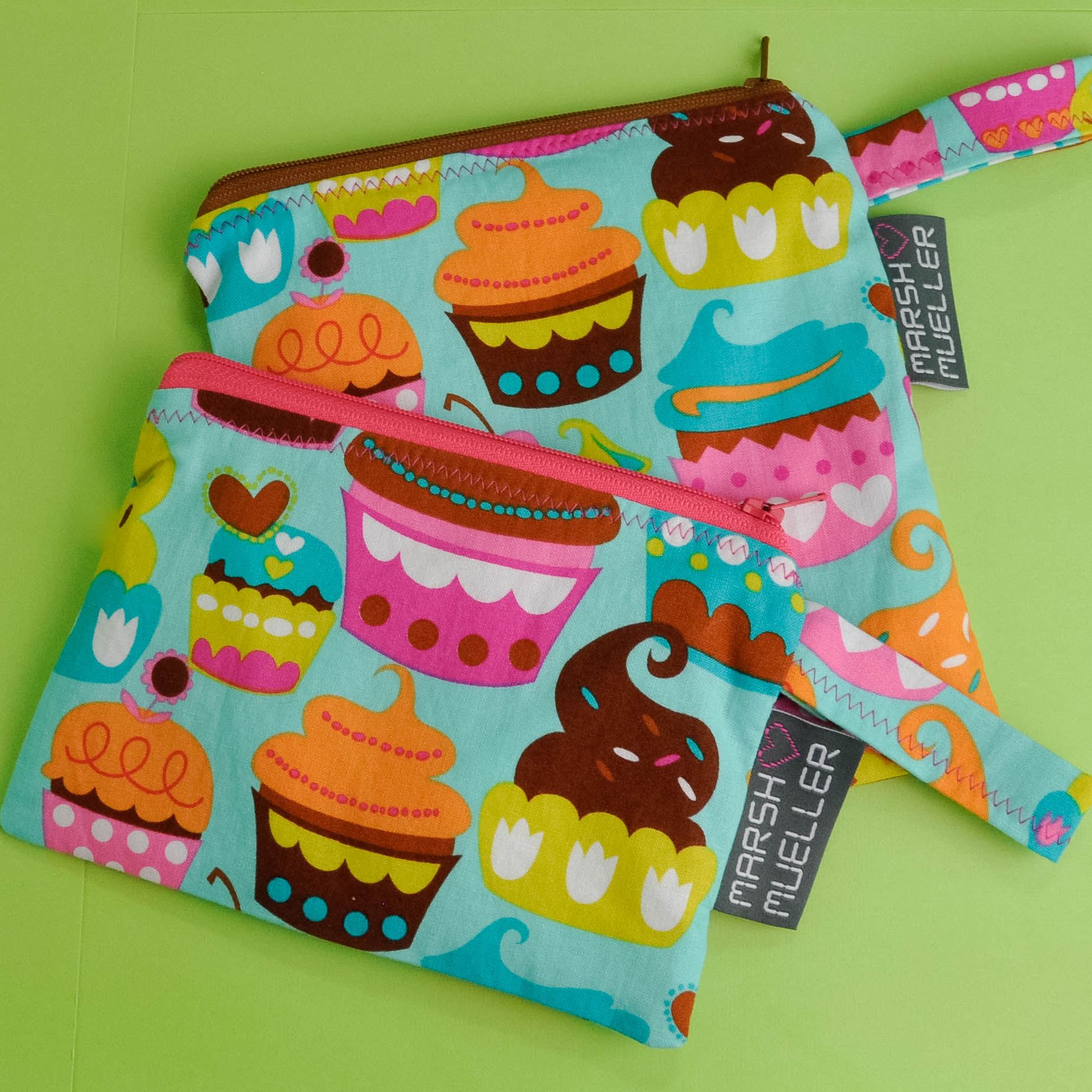 Sweet Cuppin' Cakes Snack and Sandwich Bag Bundle