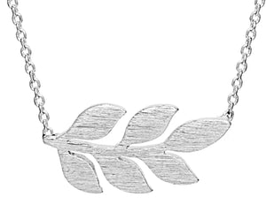 Simple Leaf Necklace in Silver