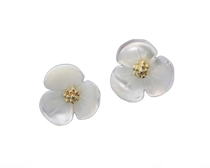 Shell Flower Earrings in Gold