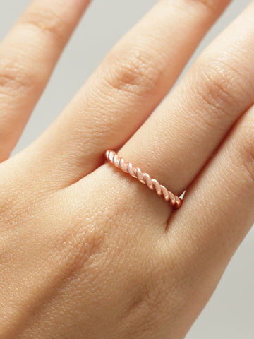 KNOTTED ROPE STACKER Ring 925 Sterling Silver & Gold Dip