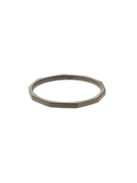 HAMMERED STACKER Ring Black Ruthenium Plating