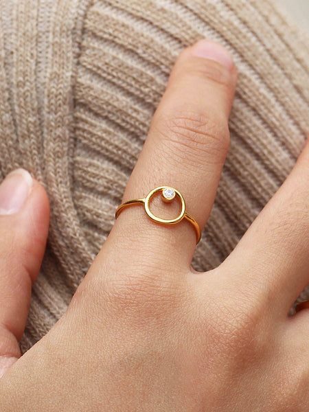 ECLIPSE Zirconia Ring 16.6k Yellow Gold Dip