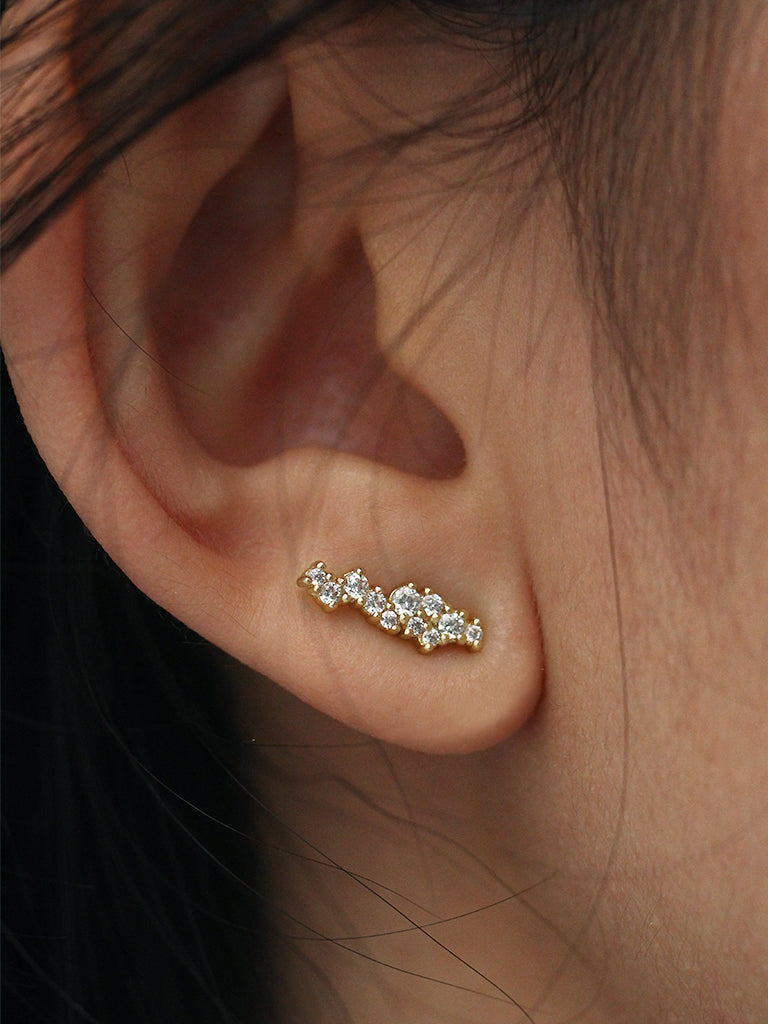 SUPERNOVA Zirconia Ear Studs 16.8k Yellow Gold Dip