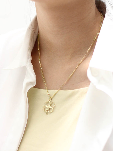 FOUR LEAF CLOVER Outline Necklace 16.8k Yellow Gold Dip