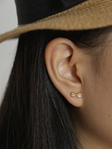 FARFALLE Ear Studs 16.8k Yellow Gold Dip