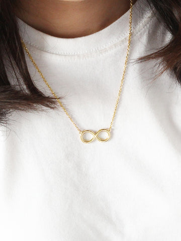 INFINITY Necklace 16.8k Yellow Gold Dip