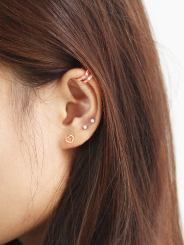 LOVE STRUCK HEART Ear Studs 14k Rose Gold Dip