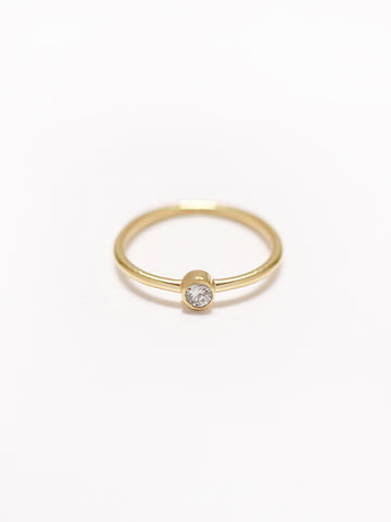 MOONLIGHT SOLO Zirconia Ring 16.8k Yellow Gold Dip
