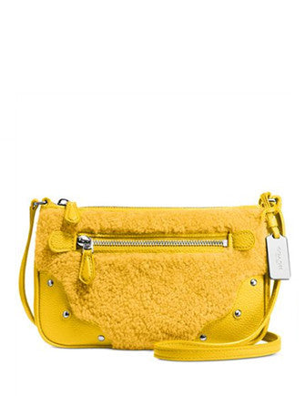 Coach Small Rhyder Pochette in Shearling