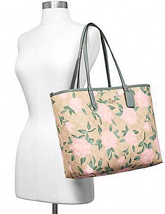 Coach Reversible City Tote in Camo Signature Print