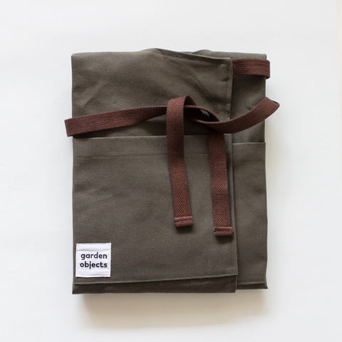 garden objects apron | khaki