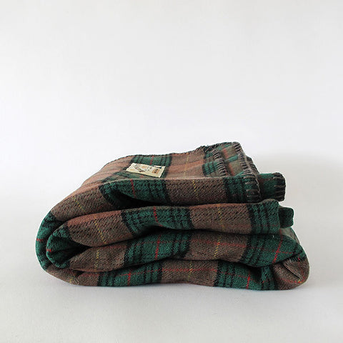 moreporks wool blanket | green