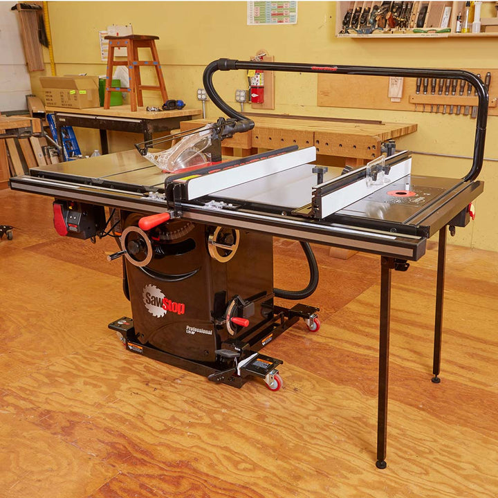 "SawStop 27"" In-Line Cast Iron Router Table for PCS & CNS - RT-TGP"
