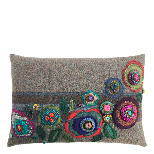 Pilot Fancy Stitches Cushion • 15x22  (S-I)