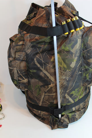 EXTRA LARGE WATERPROOF WOODLAND CAMO PIGEON SHOOTING DECOYING POCKETED DECOY BAG