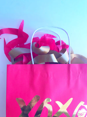 Red Valentines gift bag set