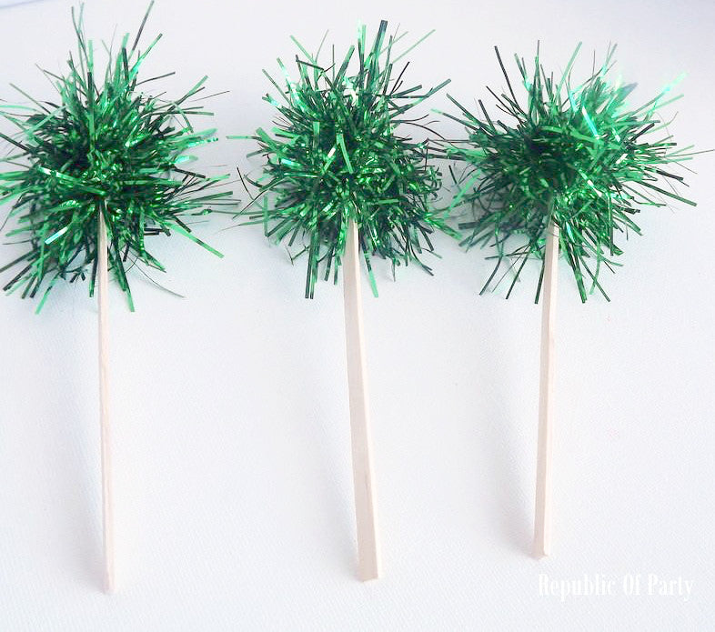 green tinsel cupcake toppers