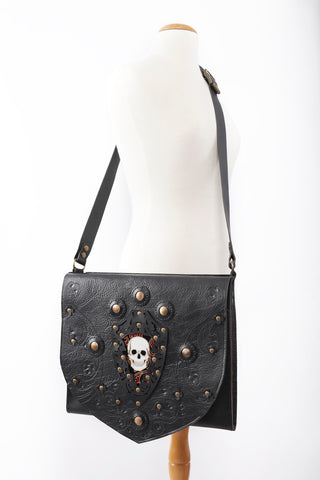 Metal skull messenger bag