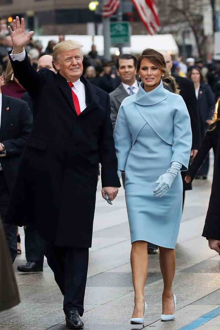 Melania-Trump-at-Inauguration-in-Ralph-Lauren