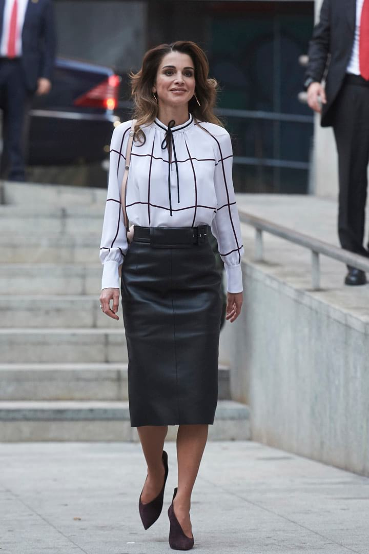 Queen-Rania-of-Jordan-Wearing-D2