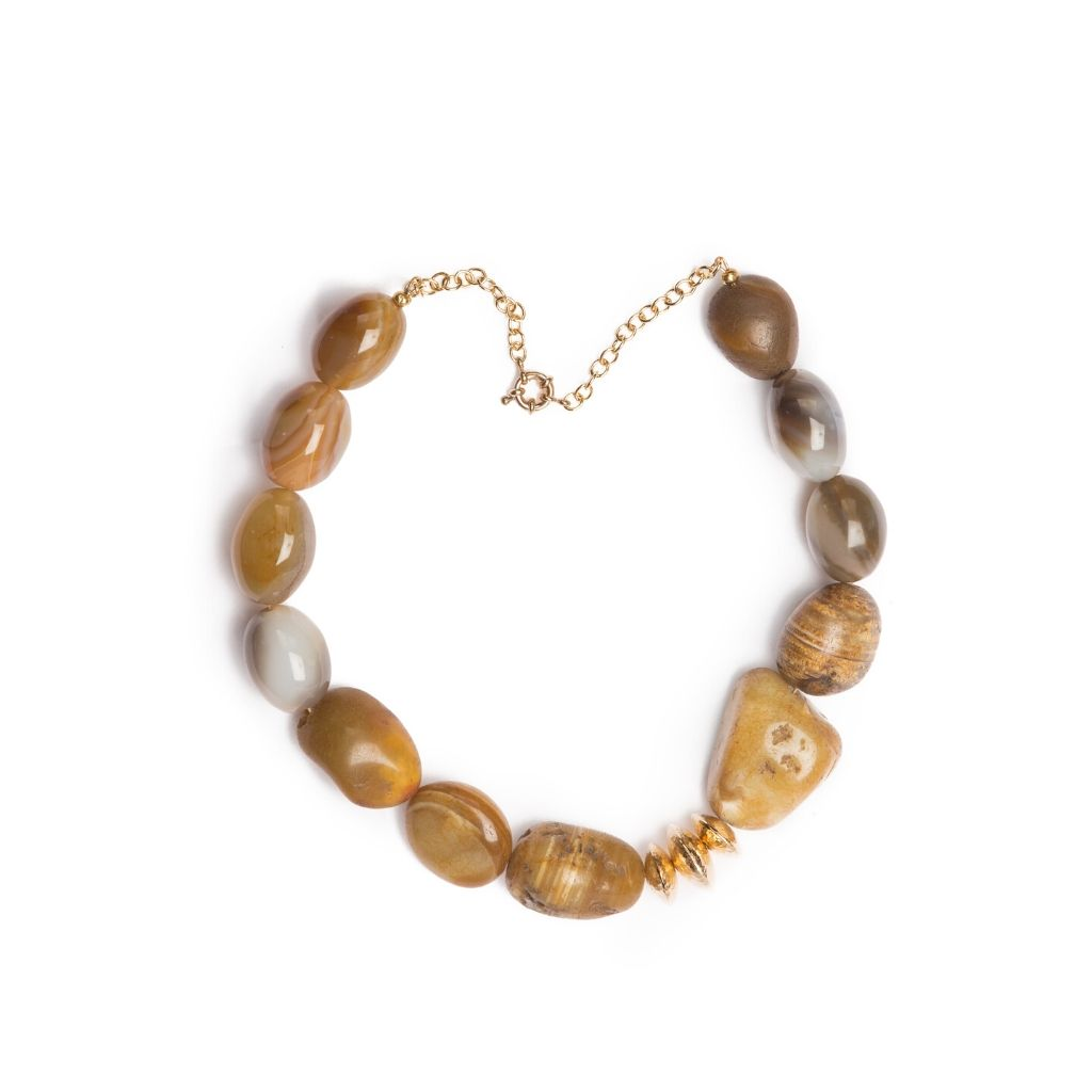 Dalasini Canton Vintage Agate and Hammered Gold Bead Necklace Top