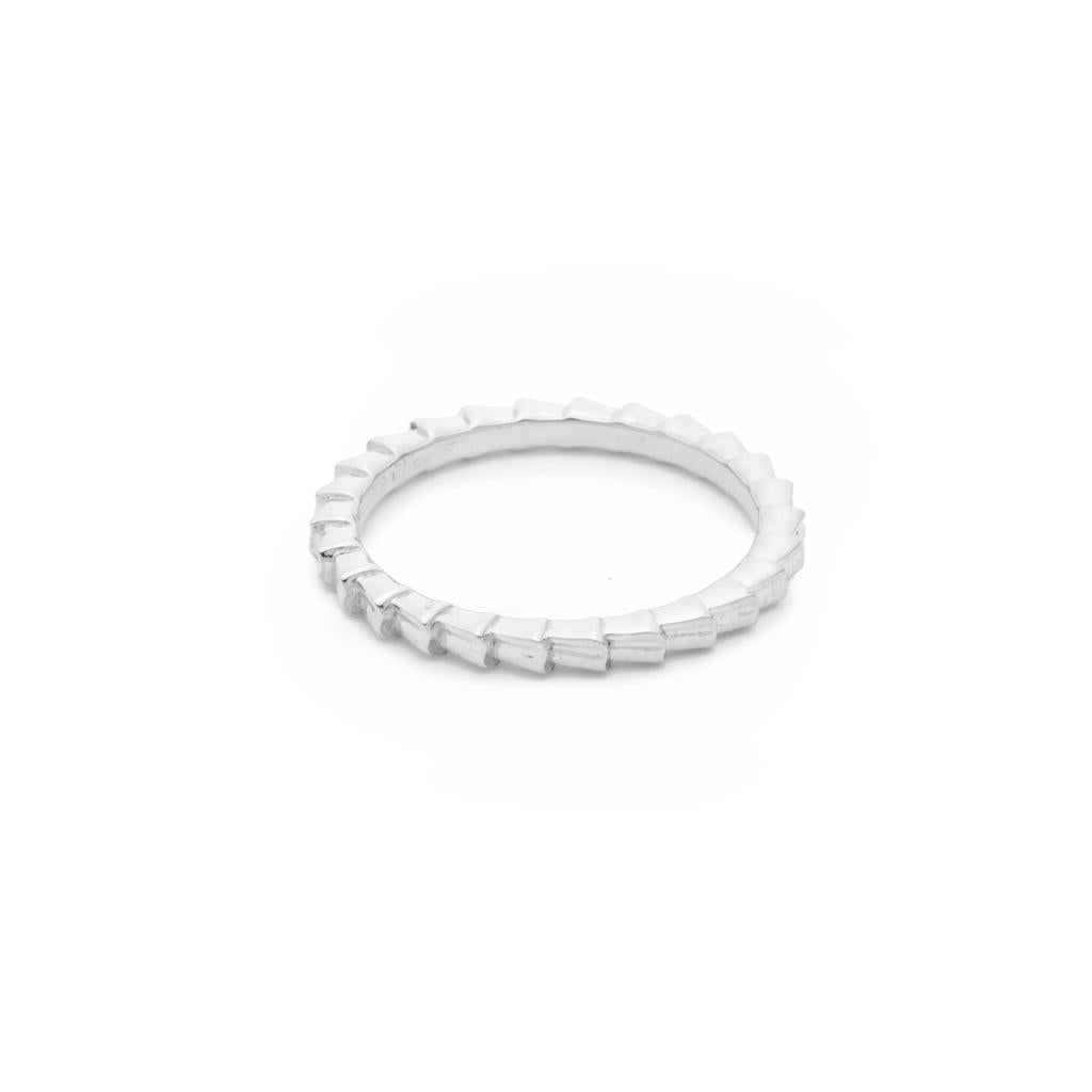 Dalasini Isiro Sterling Silver Vertebrae 3MM Ring