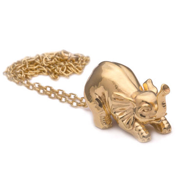 Dalasini Selous Gold Elephant Pendant Necklace Angle