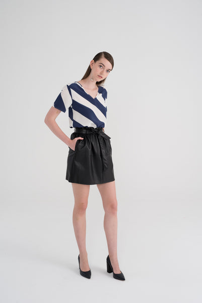 LILY - Navy Off-white Diagonal Stripes