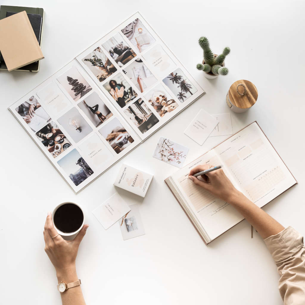 Vision board 101 - How to Manifest Your Dream Life