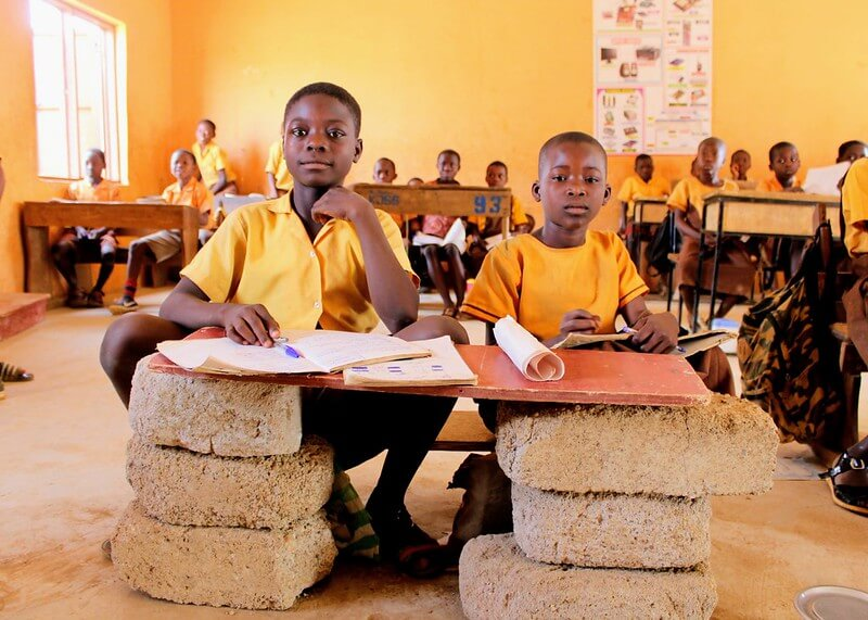 Children in class in Ghana, Bold Tuesday and Mondo charity