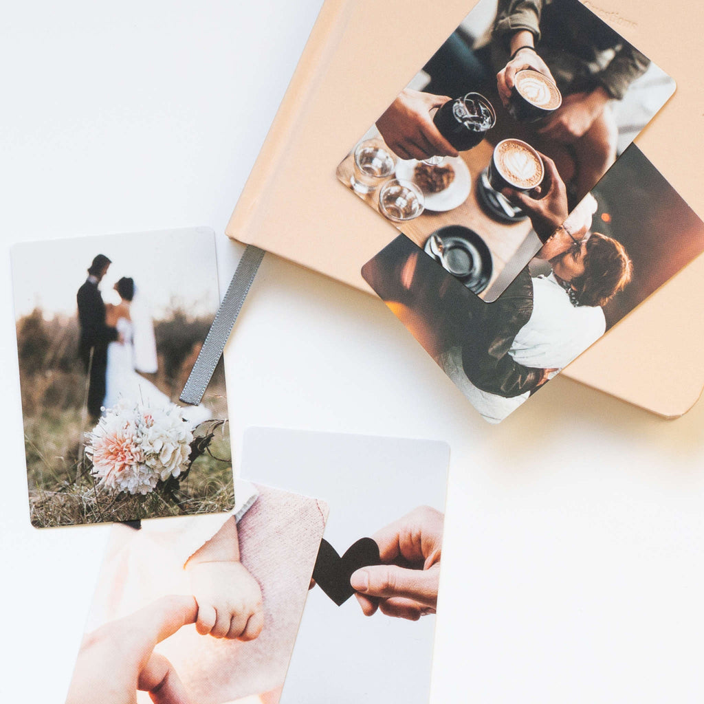 Photos visualization cards and notebook