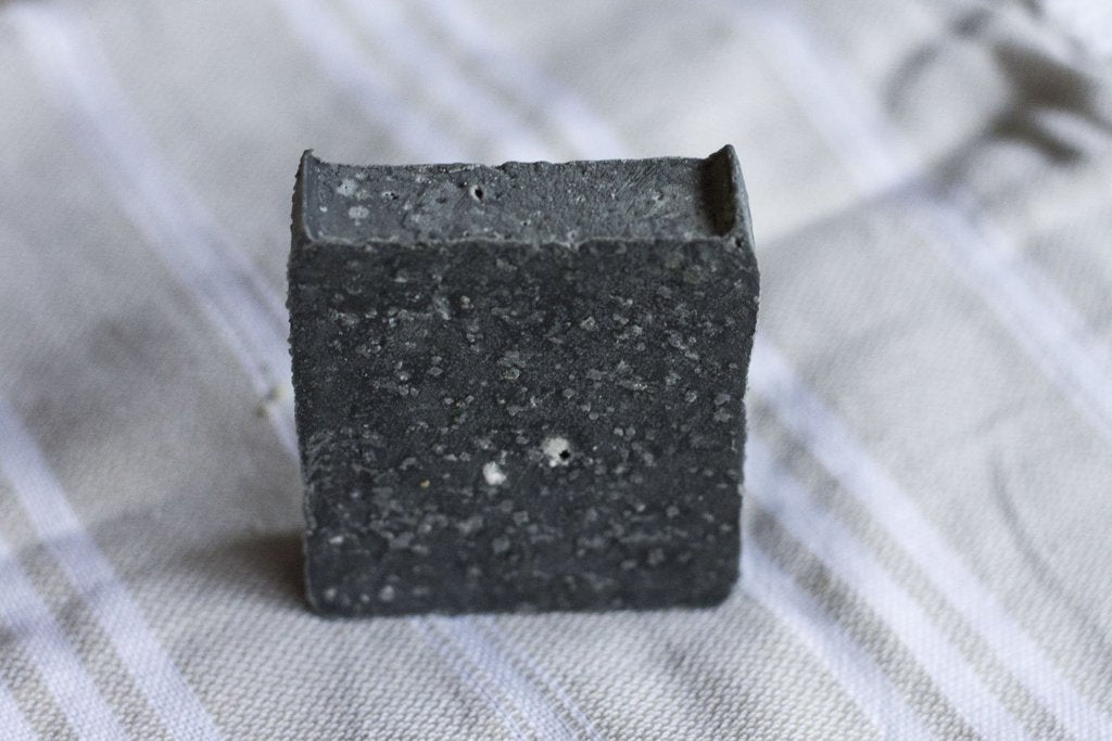 No Tox Life Detoxifying Charcoal Cleansing Bar