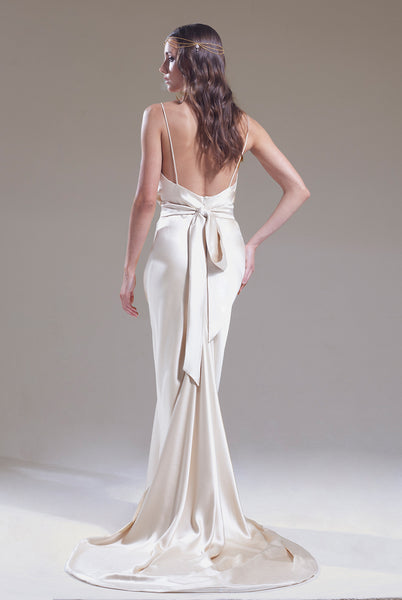 Sabina Motasem minimalist wedding dress