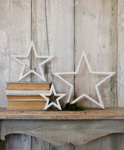 Set of 3 Mantlepiece Stars - white