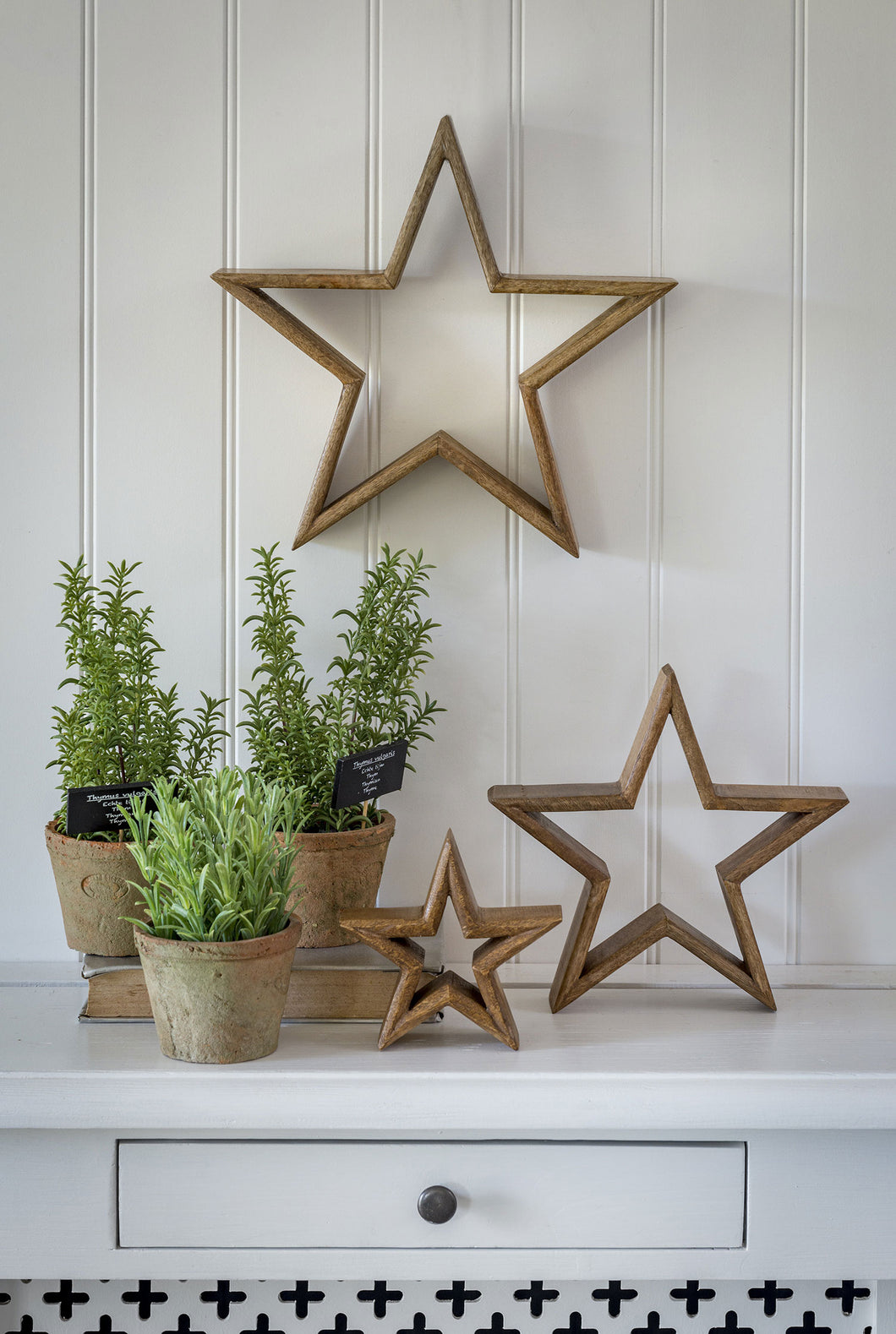 Set of 3 Mantlepiece Stars - natural