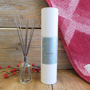 Nutcracker Reed Diffuser