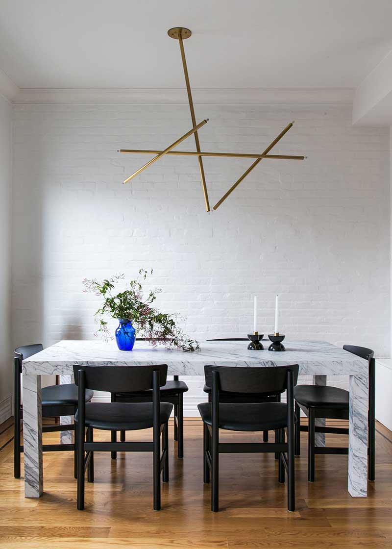 Eclectic Decoration: The White Arrow