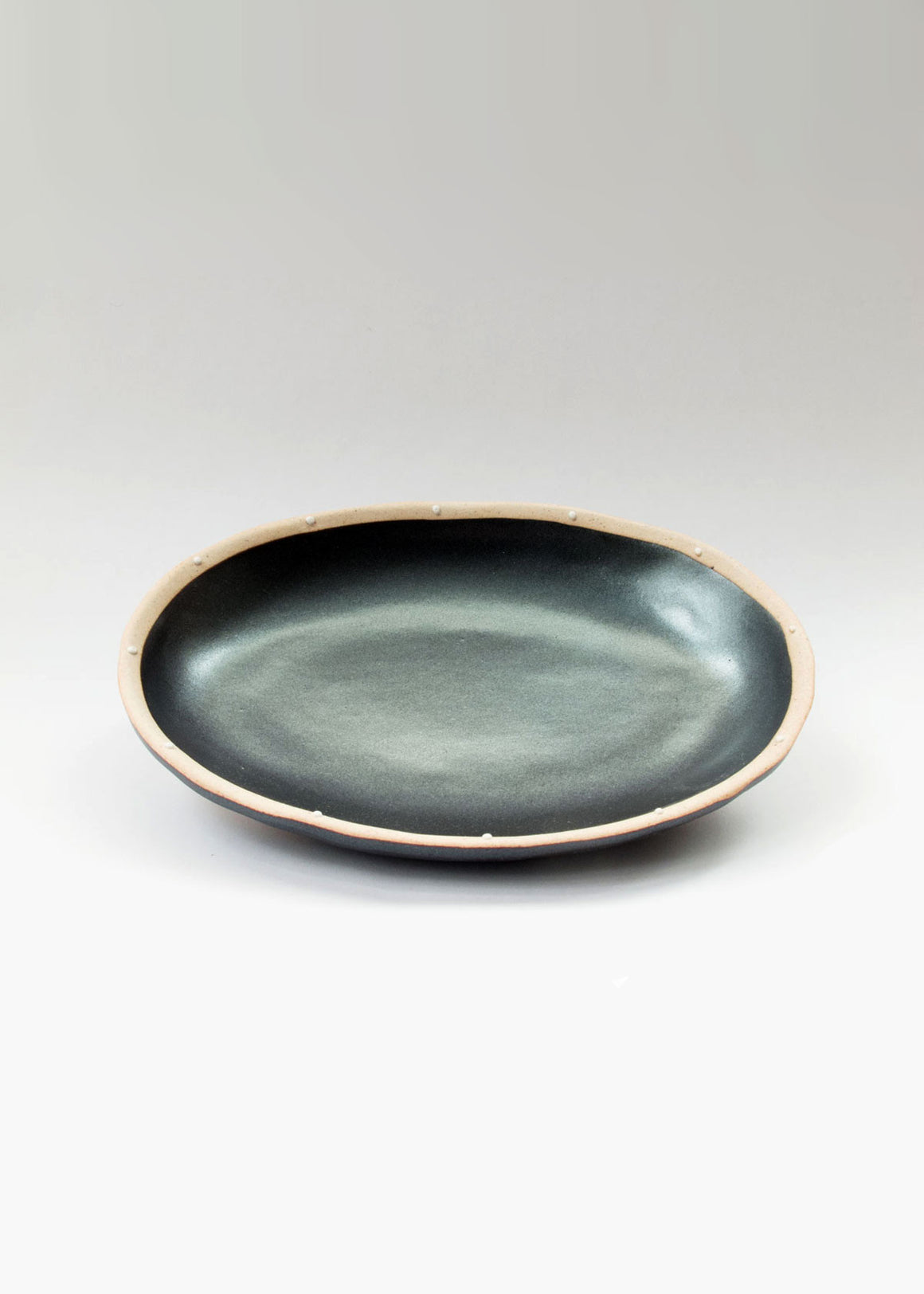 Dotted Onyx Oval Dish Japanese Ceramics