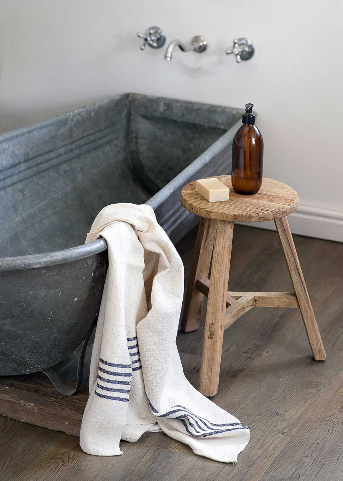 Country Bath Towel