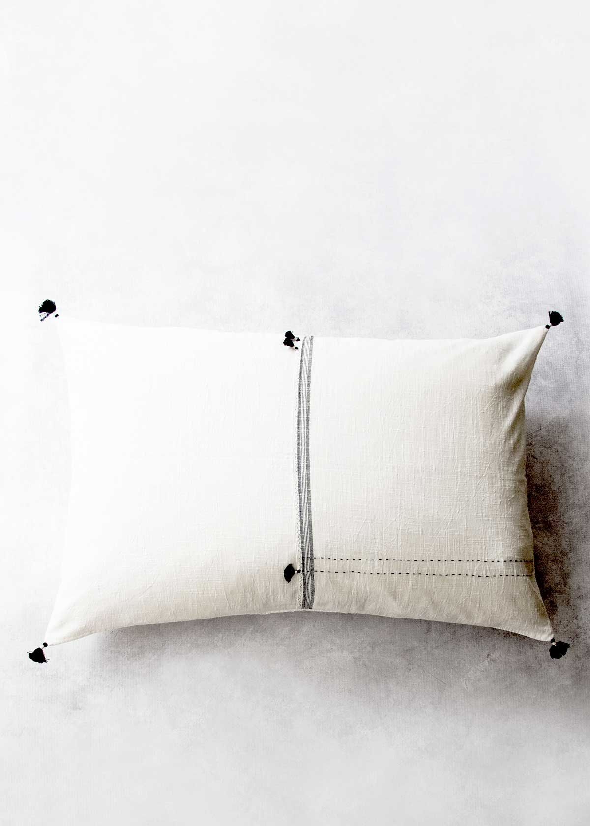 Injiri Mo Lumbar Pillow