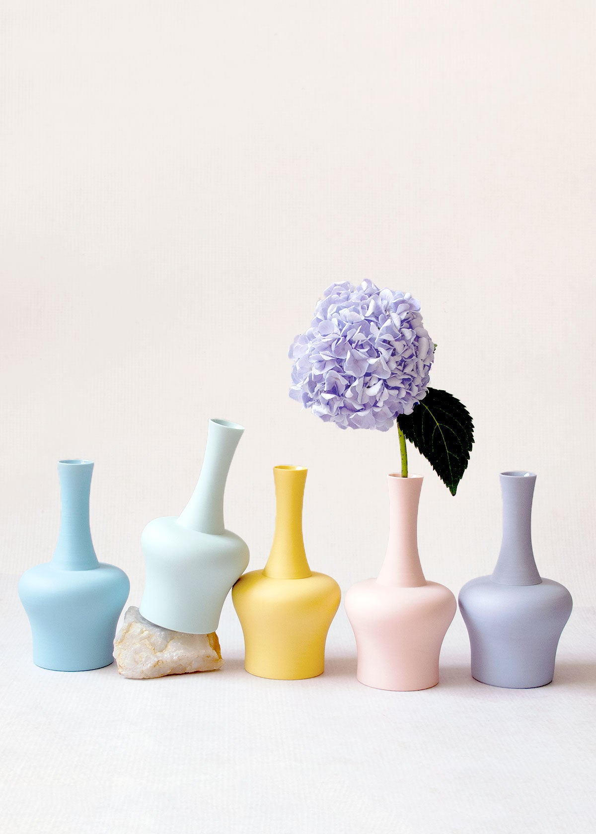 Middle Kingdom Porcelain Mini Vase